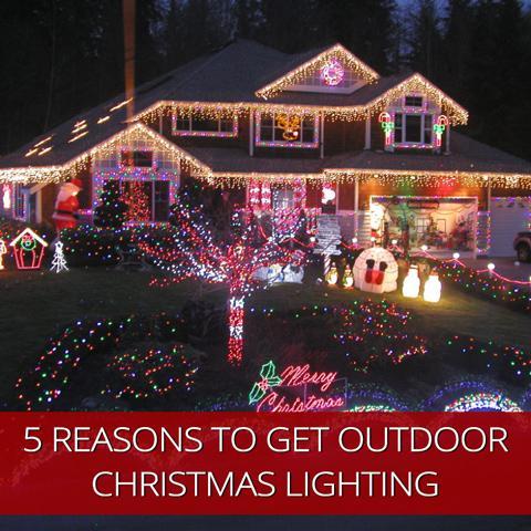 Cinco razones para obtener iluminación exterior esta Navidad